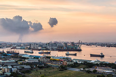 morning in Port of Kaohsiung Taiwan (Yi-Liang Lai) Tags: morning sea sky cloud water clouds port sunrise canon reflections dawn boat ship ships taiwan telescope transportation kaohsiung     tone 6d mobile01          telescopelens     canon6d