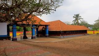 Pathirakkottukavu Temple Mundathikode 3