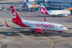 Air Berlin / D-AHXG / Boeing 737 / EDDL-DUS / © (RVA Aviation Photography (Robin Van Acker)) Tags: planes trafic airlines avgeek airliner outdoor airplane aircraft vehicle jetliner jet jumbo air photography aviation avitionphotography düddeldorf airport