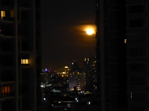 Moon rising over Bangkok (ashabot) Tags: bangkok moon night nightshots nightlights thailand afterdark wanderer wanderiing worldcities