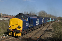 37423 trails out of Acle working 2P20 1236 Norwich - Great Yarmouth 15/3/2017 (Paul-Green) Tags: class 37 374 37423 37425 acle 1236 norwich gt great yarmouth passenger service drs direct rail services aga abellio greater anglia uk gb norfolk railways flickr canon 7d mk2 mark ii sun sunny afternoon march 2017 tracks stock lchs station outdoors diesel english electric type 3 three locomotives concrete bob spirit of the lakes 2p20