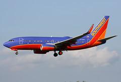 N7704B (JBoulin94) Tags: usa southwest john washington airport md maryland baltimore international boeing airlines bwi 737700 boulin baltimorewashington kbwi n7704b