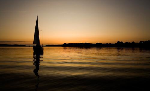 sunset summer sun lake holiday home yellow boat mood sailing quiet sail drawsko