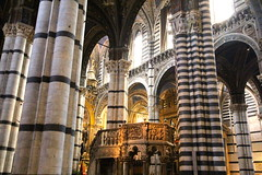 Pulpit and pillars in Siena Cathedral (lreed76) Tags: italy cathedral columns tuscany siena duomo pillars pulpit
