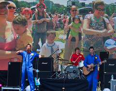 Imagination Movers, Outside The Box, 2013-07-17, Credit:Leathers (Massachusetts Office of Travel & Tourism) Tags: festival performingarts otb outsidethebox