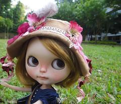 Dorita and her new hat