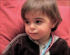 IMG_8609 - Versión 2 (Pedro Montesinos Nieto) Tags: retrato niños miradas laedaddelainocencia frágiles