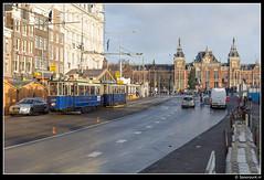 EMA 465 + 731 - Damrak (Spoorpunt.nl) Tags: amsterdam museum december 14 tram 25 hoge blauwe ema 731 kerstmarkt gvb damrak lijn 465 2013 motorwagen electrisch bijwagen