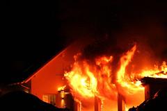 Fire (gripspix (catching up slowly)) Tags: fire garage disaster brand feuer unglck 20140320