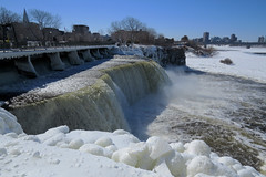 Rideau Falls in Ottawa, Ontario (Ullysses) Tags: rideaufalls rideauriver ottawariver chutesrideau riviererideau rivieredesoutaouais ottawa ontario canada winter hiver falls chutes