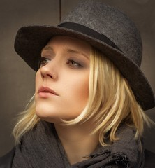 Cas (QuarryClimber) Tags: outdoorportrait naturallight blond greeneyes hat beauty pretty face outdoors canon5ds canon85mm