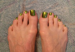 In Honor of St. Pat's Day - Green! (toepaintguy) Tags: male guy men man masculine boy nail nails fingernail fingernails toenail toenails toe foot feet pedi pedicure sandal sandals polish lacquer gloss glossy shine shiny sexy fun daring allure gorgeous green st saint patrick color changer ilnp shimmer