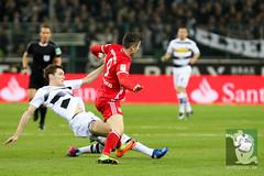 Gladbach vs Bayern München-107.jpg (sushysan.de) Tags: bayern bayernmünchen borussiamönchengladbach bundesliga dfb dfbpokal dfl fohlen gladbach mgb münchen pix pixsportfotos saison20162017 vfl1900 pixsportfotosde sushysan sushysande