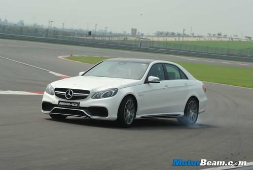 2014-Mercedes-E63-AMG-16