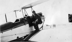 AL009B_039 de Havilland DH.60X Moth (San Diego Air & Space Museum Archives) Tags: aviation navy northisland usnavy aviator gillies brewsterallisonbudgillies brewsterallisongillies brewsteragillies brewstergillies budgillies bagillies