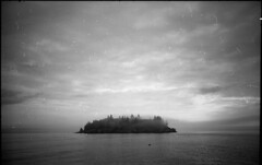 And An Island Never Cries (TheRobbStory) Tags: leica ltm film nature fog sailboat analog 35mm landscape island sailing kodak voigtlander 28mm trix maine earlymorning august scan 135 sloppy northhaven f35 colorskopar screwmount penobscotbay dirtynegative iiif epsonv600 robbhohmann