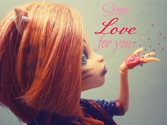 blowing love (doll.photography) Tags: cute love monster glitter hearts for high shiny little you small stripe puff some blow mh monsterhigh toralei vision:outdoor=051