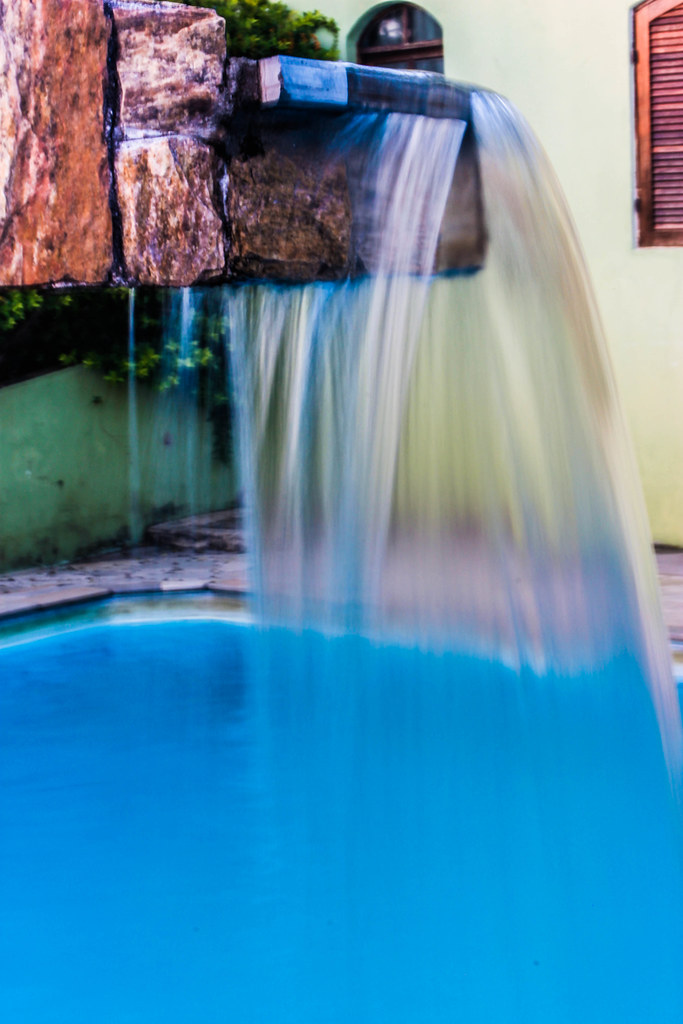The world 39 s best photos of piscina and tumblr flickr for Fotos tumblr piscina