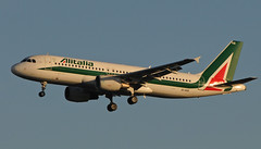 Alitalia | EI-IKB | Airbus A320-2 | LIN-LHR (BranksomeChine) Tags: november autumn milan london airport heathrow sunny final airbus approach runway alitalia linate a320200 2013 27l 131113 eiikb vle226