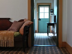 Lounge - looking out the hallway and front door (Theen ...) Tags: family house march sale cottage samsung myrtle kenny 2014 edithburgh theen