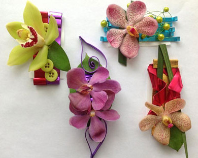 Unique, Individual and Personalized Boutonnières — Sandy Schroeck, AIFD, CFD, PFCI/Oasis Design Team
