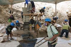MINERA INFORMAL - PER (JULIO ANGULO) Tags: peru trabajo nios per ros oro socavn pobreza contaminacin informal minera mineros prostitucin explotacin