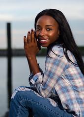 Lia (ronnie.savoie) Tags: portrait woman black girl smile mujer model louisiana pretty noir chica retrato modelo africanamerican sonrisa lovely browneyes guapa hermosa negra diaspora metairie muchacha africandiaspora modèle brownskin ojosnegros pielcanela eoshe bonnabelboatlaunchpark