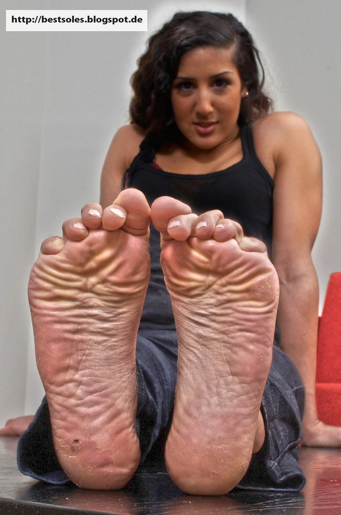 Female Stinky Ebony Feet - Pics And Galleries-9093