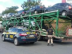 PRF apreende carro com documento falso na BR-135, em Montes Claros (portalminas) Tags: prf apreende carro com documento falso na br135 em montes claros