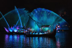 Rivers of Blue (Allen Castillo) Tags: waltdinseyworld disney wdw disneysanimalkingdom riversoflight orlando florida themepark nikond750 nikon2470vr
