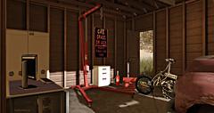 Style1321 (Kayshla Aristocrat) Tags: adultfurniture dictatorshop garage crane rlv tools kayshlaaristocrat blogger photographer