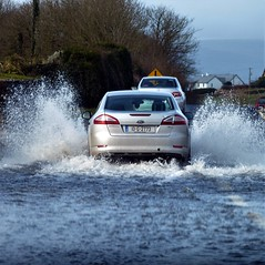 flooded road (ronmcbride66) Tags: flood splash car floodedroad coclare galwayregistrationplate ford water fordmondeo coth5