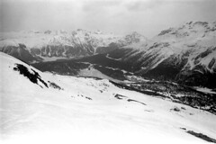 04a3371 36 (ndpa / s. lundeen, archivist) Tags: nick dewolf nickdewolf bw blackwhite photographbynickdewolf film monochrome blackandwhite april 1971 1970s 35mm europe centraleurope switzerland swiss alpine alps graubünden grisons stmoritz easternswitzerland suisse schweitz mountains peaks snow snowy snowcovered skiresort skiarea skislopes skiing landscape valley slopes swissalps