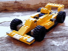 Elf Renault RS01 (DocArmor98/GTracer98) Tags: yellow warm lego f1 renault elf turbo monday 1977 rs01