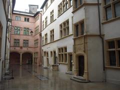 COUR DU MUSEE GADAGNE (marsupilami92) Tags: france vacances frankreich lyon musee histoire 69 tourisme rhone rhonealpes vieuxlyon gadagne
