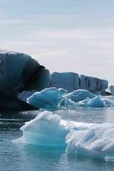 iceberg (Photamo) Tags: blue sea cold ice vertical mare blu calm glacier silence iceberg calma freddo verticale ghiaccio silenzio islanda galleggiare sommerso emerso