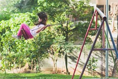 A day in the park. #4 (stephaniereis.) Tags: park parque baby playing cute girl playground fun fly flying kid child play julia little sweet small adorable swing meiga cousin garota swinging lovely prima meni