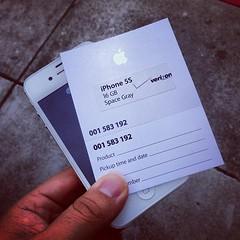 Verizon iPhone 5s space gray 16GBiPhone 4SWeb135 (taromatsumura) Tags: square squareformat hudson iphoneography instagramapp uploaded:by=instagram foursquare:venue=4e493ec8b61c03d0cd2fe9b7