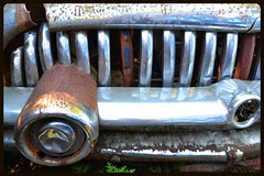 Cigar with Toothy Grin (timmerschester) Tags: old ontario canada car rust grill vehicle mcleans