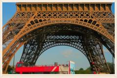 PARIS sightseeing bus (eagle1effi) Tags: paris bus buses busse aviary picnik edit omnibus damncool masterclass may2008 eagle1effi ishotcc naturemasterclass artandexpression