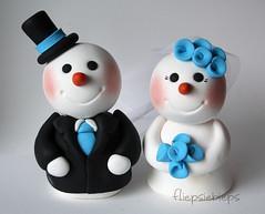 Snowman Cake Topper (fliepsiebieps_) Tags: winter wedding white snow penguin snowman funny turtle polymerclay figurines clay seal snowmen caketopper custom figurine whimsical weddingcaketopper fliepsiebieps