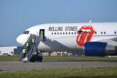 DSC_3555 (icksilver) Tags: stones boeing rolling 767 mse manston b762 zsdji