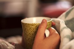 A warm cup of tea (Arapaoa Moffat Photography) Tags: ml magic lantern wellington newzealand slr canon1100d warm tea snuggly cupofteainbed