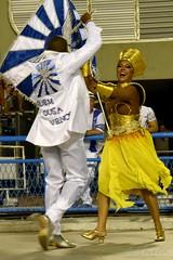 ET Port 170212 086 Portela MSPB Danielle Nascimento Alex Marcelino (Valéria del Cueto) Tags: portela ensaiotécnico bateria escoladesamba riodejaneiro samba sapucaí sambódromodarciribeiro apoteose carnaval carnival carnevaleriocom carnevaledirio valériadelcueto azul brasil brazil águia bandeira