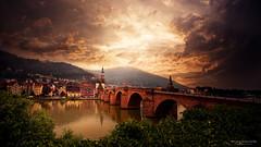Alte Brücke in Heidelberg.jpg (Knipser31405) Tags: sommer neckar 2016 altebrücke grauverlaufsfilternd09 heidelberg