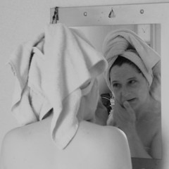 Lisa - Soft Reflection (TempusVolat) Tags: woman white black reflection beautiful face lady canon eos mirror soft head bare lisa peak towel wife shoulders widows shoulder gareth tempus hairline soften brows softened widowspeak 60d volat wonfor mrmorodo garethwonfor tempusvolat