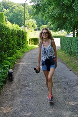 Tina and Otto (os♥to) Tags: woman dog chien pet animal cane denmark europa europe sony hond perro terrier zealand otto pies tina scandinavia danmark cairnterrier slt a77 köpek sjælland デンマーク osto alpha77 os♥to july2013