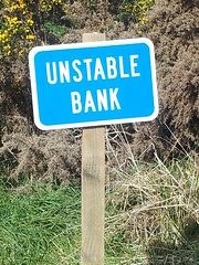 Unstable Bank (AA654) Tags: road new money sign bank zealand nz banking unstable