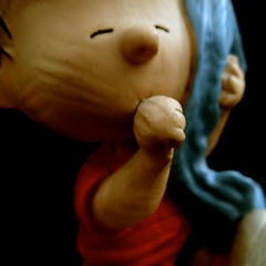 Linus Van Pelt (The Flying Inn) Tags: blue boy horse brown girl statue dark comics hair comic brother fear statues peanuts linus charlie figurines strip snoopy blanket figure thumb worry charliebrown van figurine comfort sucking figures pelt charlesschultz linusvanpelt syroco object9