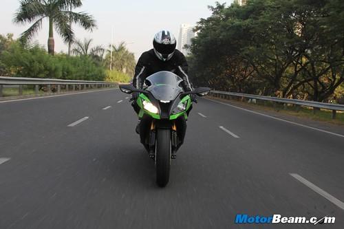 2014 Kawasaki Ninja ZX-10R Test Ride Review